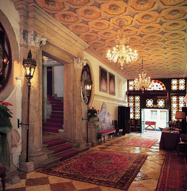 Services Palazzo Abadessa Venice